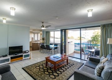 Caloundra-Accommodation-02