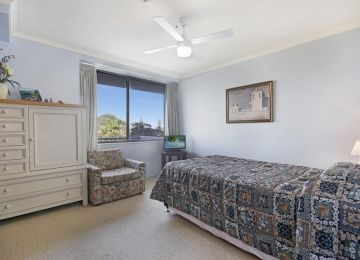 Kings-Beach-Accommodation-3