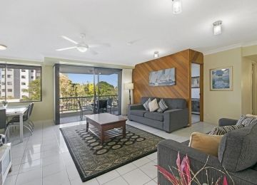 Kings-Beach-Accommodation-5