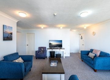 kings-beach-holiday-apartments-04