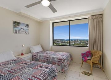 Caloundra-Holiday-Apartments-2