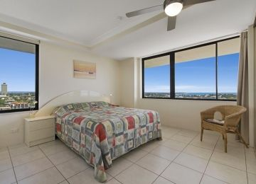Caloundra-Holiday-Apartments-3