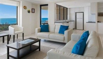 self contained accommodation caloundra